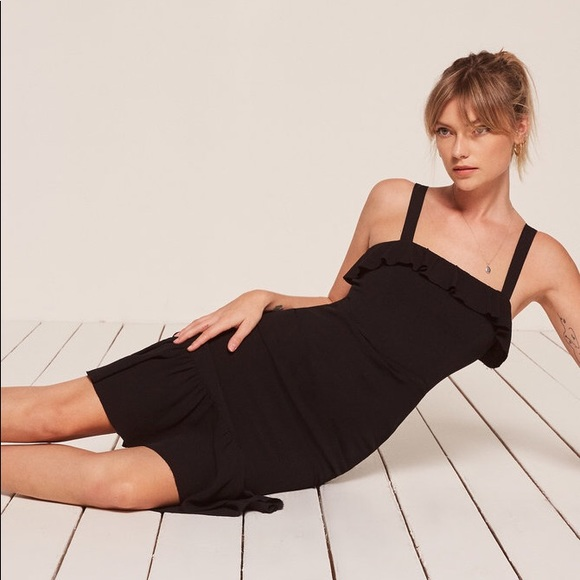 8219668d30 Reformation Black frida Dress Sz 0. M 5b1fb38d9539f75af556edc1